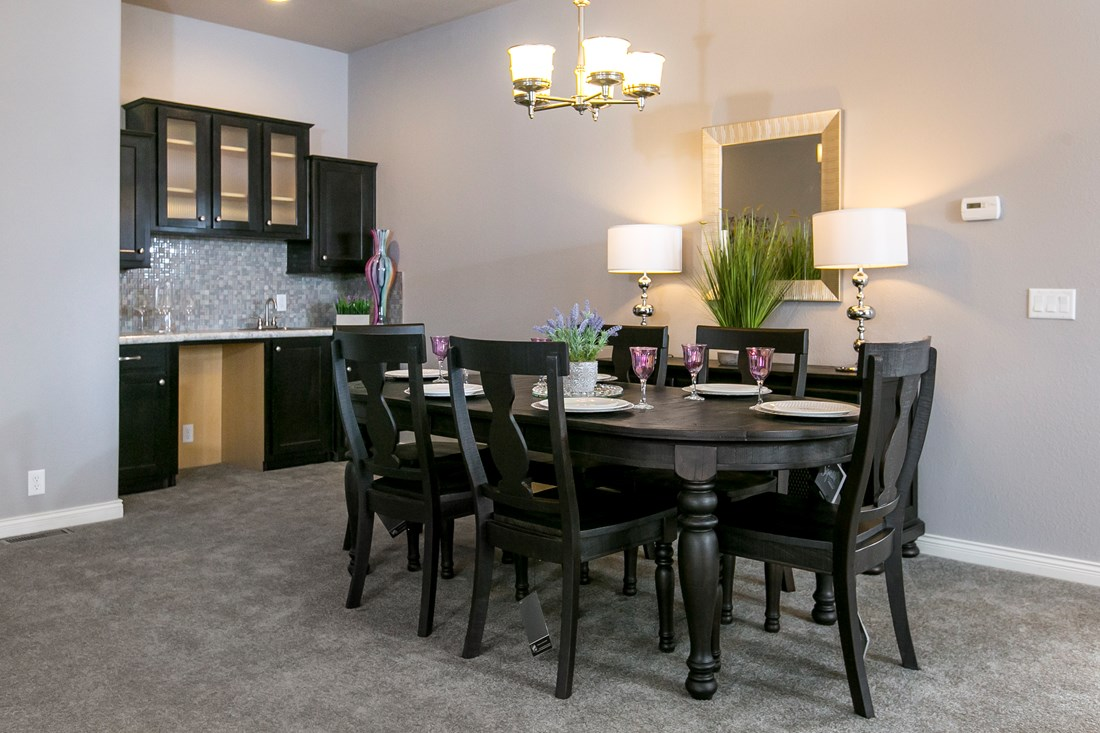 The GSP643K PLATINUM SERIES Dining Area. This Manufactured Mobile Home features 3 bedrooms and 2 baths.
