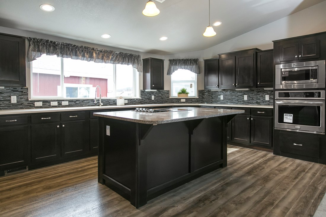 The GSP643K PLATINUM SERIES Kitchen. This Manufactured Mobile Home features 3 bedrooms and 2 baths.