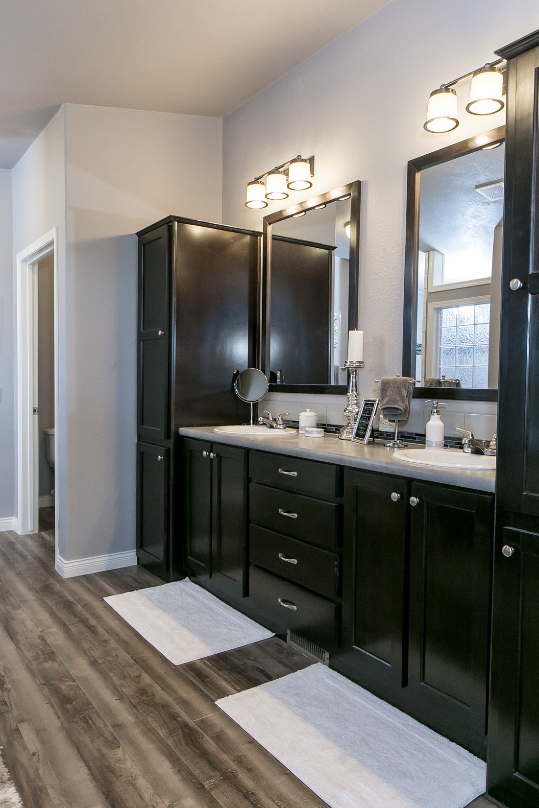 The GSP643K PLATINUM SERIES Master Bathroom. This Manufactured Mobile Home features 3 bedrooms and 2 baths.